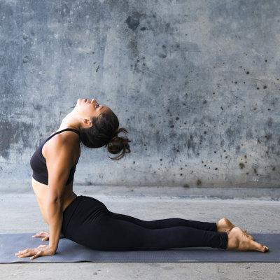 Tappetino yoga con simboli